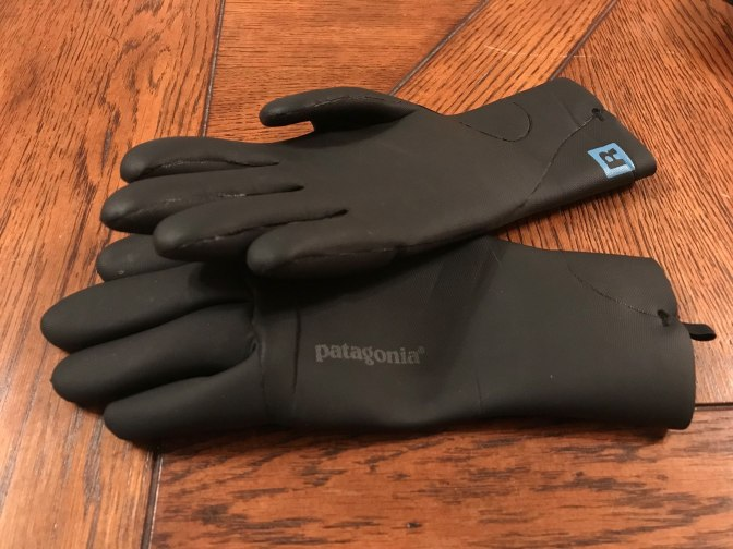 What to Wear for Winter Fly Fishing - Patagonia R1 gloves